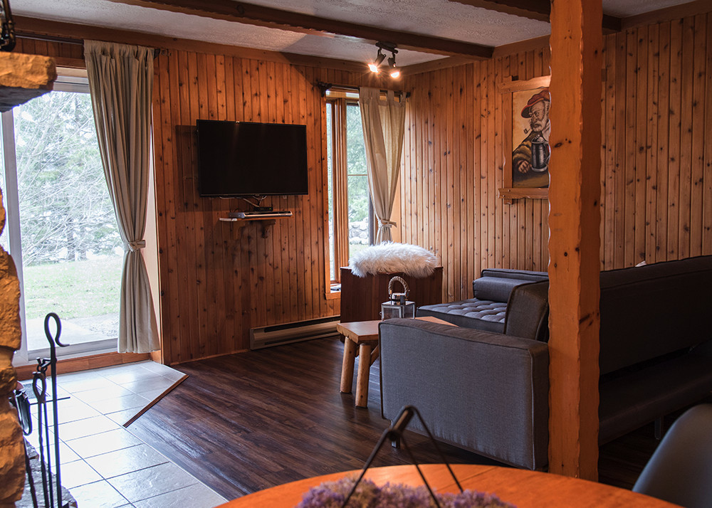 location chalet 1 chambre laurentides val david chalets chanteclair. Black Bedroom Furniture Sets. Home Design Ideas