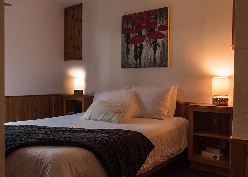 location chalet 1 chambre laurentides val david chalets. Black Bedroom Furniture Sets. Home Design Ideas