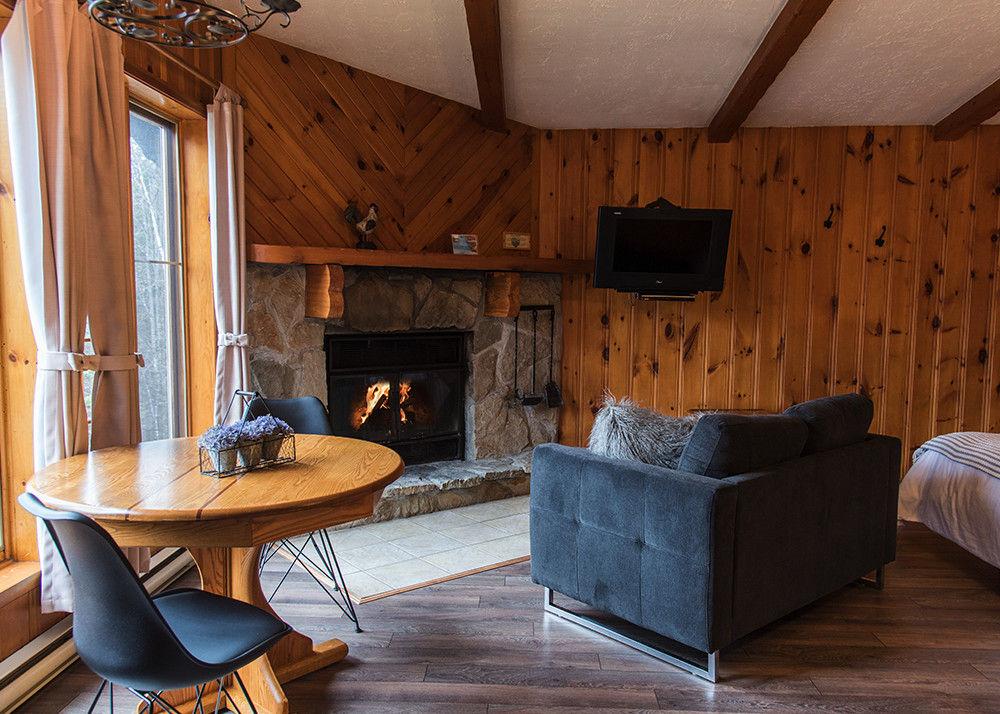 chalet rental studio laurentians